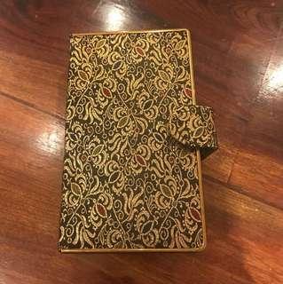 Vintage golden clutch box