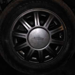 4 tires and rims P215/60R16 from Lincoln Sedan