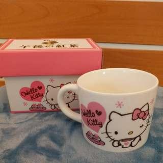 Hello Kitty x 午後之紅茶 杯