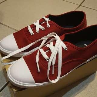 (全新轉賣)OB酒紅色帆布鞋 42碼(偏小)