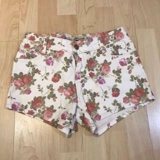 Pull&Bear Floral Shorts
