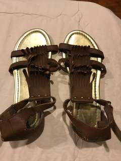 H&M brown shoes size 32