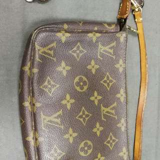 Louis vuitton lv 化妝袋連bv手機繩