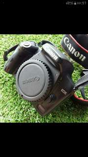 Canon eos 1000d with kit lens