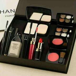 Set Chanel 9 In 1