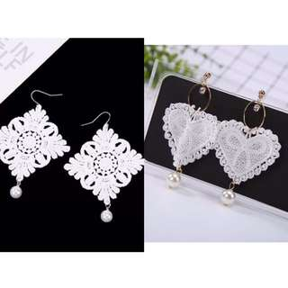 Lace white earrings