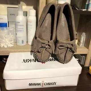 Minnetonka 莫卡辛 23號平底鞋