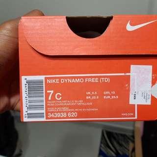 BNIB Nike Dynamo Free