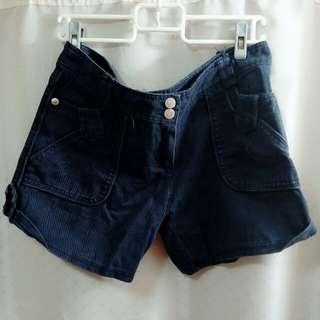 🚚 深藍色雙扣短褲