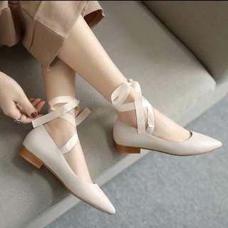 全新 杏色絲帶平底鞋 比較適合37號腳