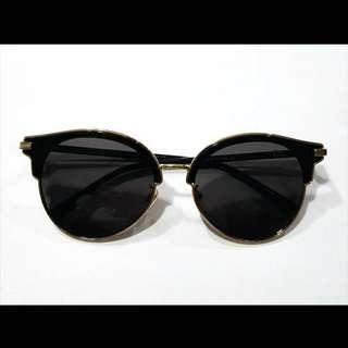 Fashion Sunglasses Dior (Hitam)