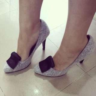 Heels Gray 37
