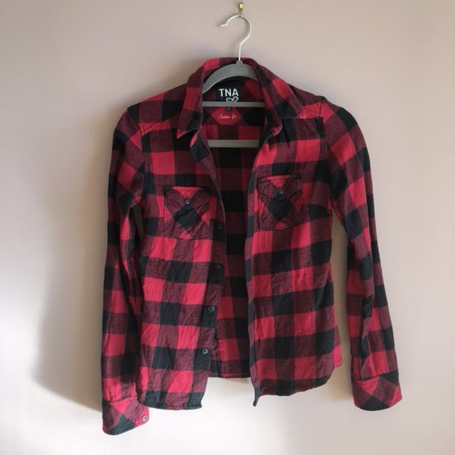 Aritzia TNA Classic Fit - Flannel Shirt