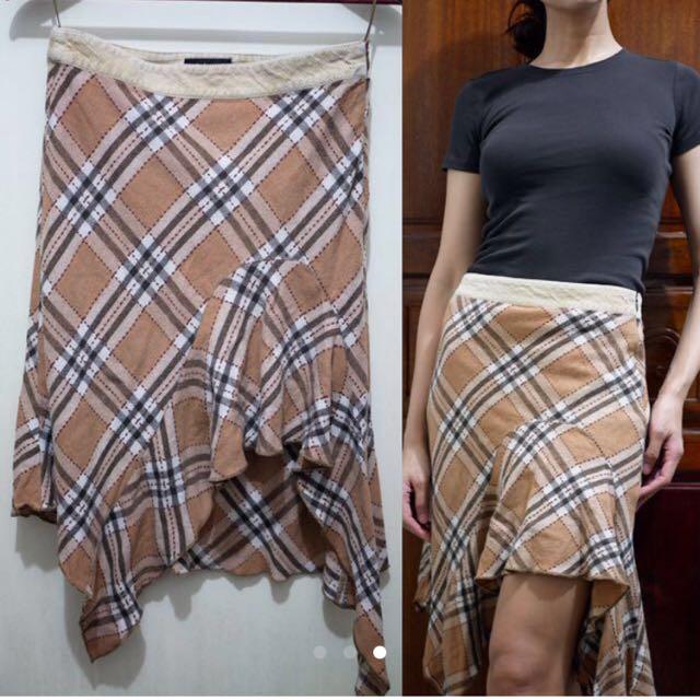 Auth 💯 Mango Checkered Skirt