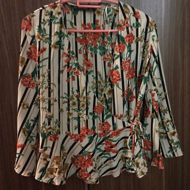 Authentic Zara Floral Top