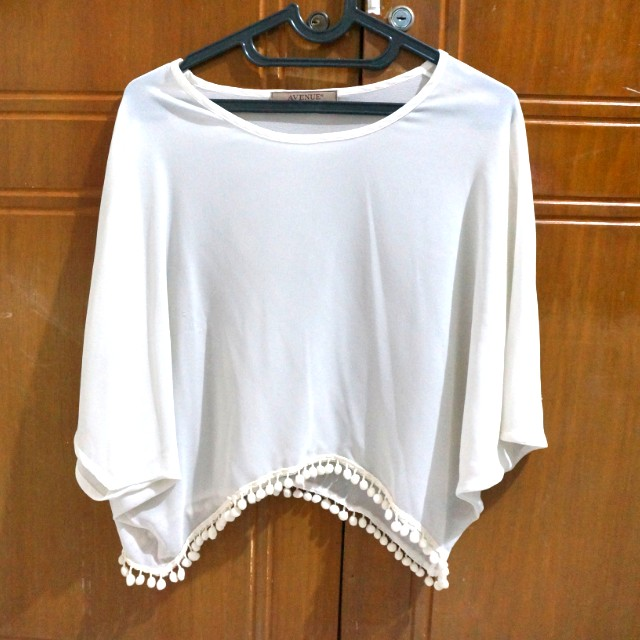 Avenue White Outer