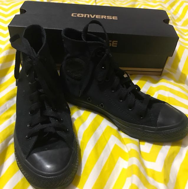 Black converse size 6