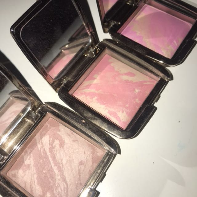 blushes | hourglass