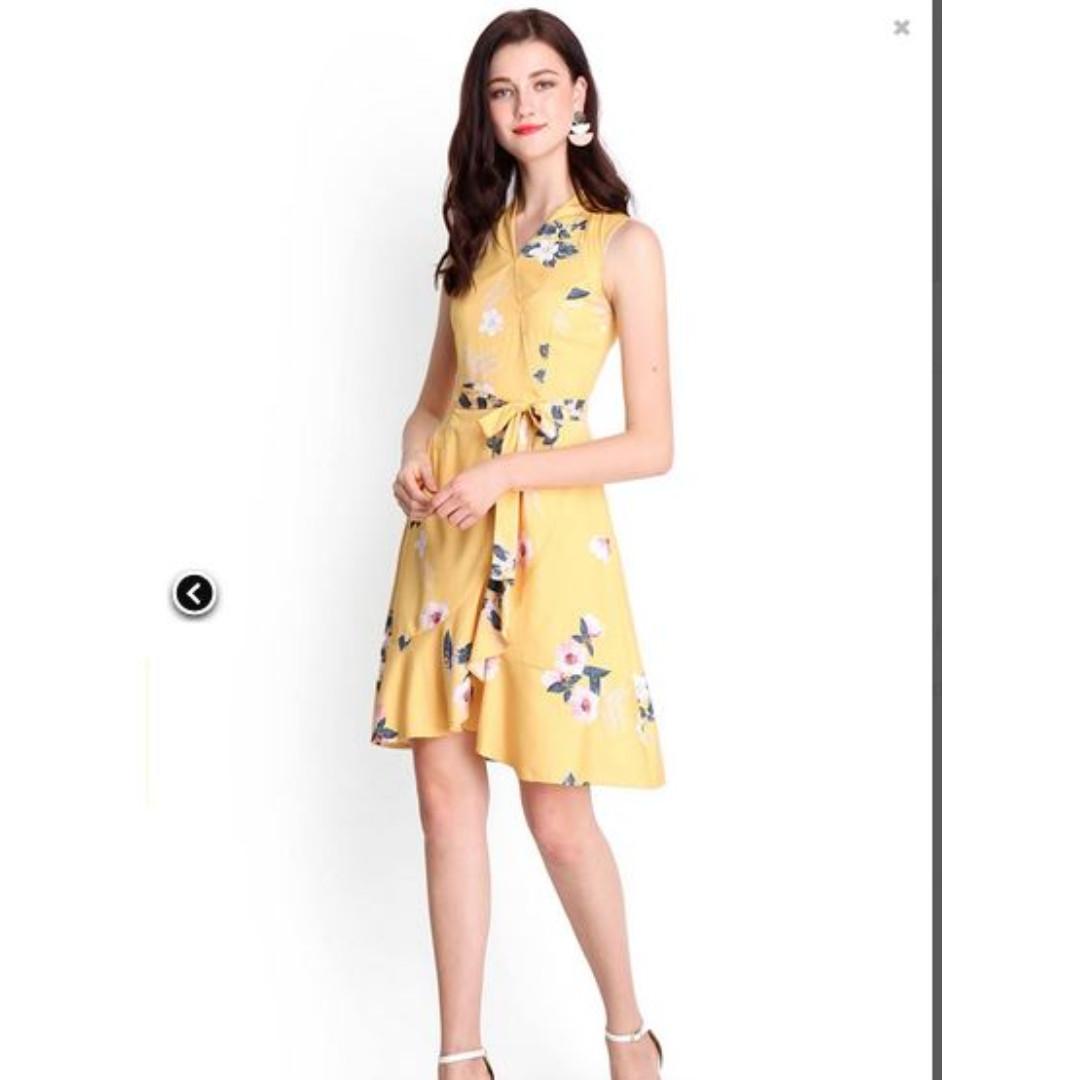 e8c108cf9b56 Brand New BN yellow floral camila waterfall wrap dress dandelion ...