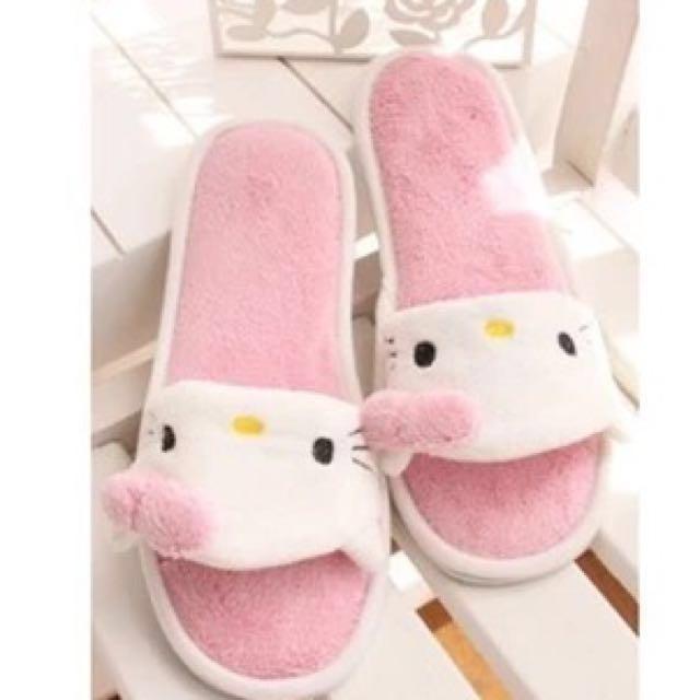 Brand New Hello Kitty Pink Home Slipper