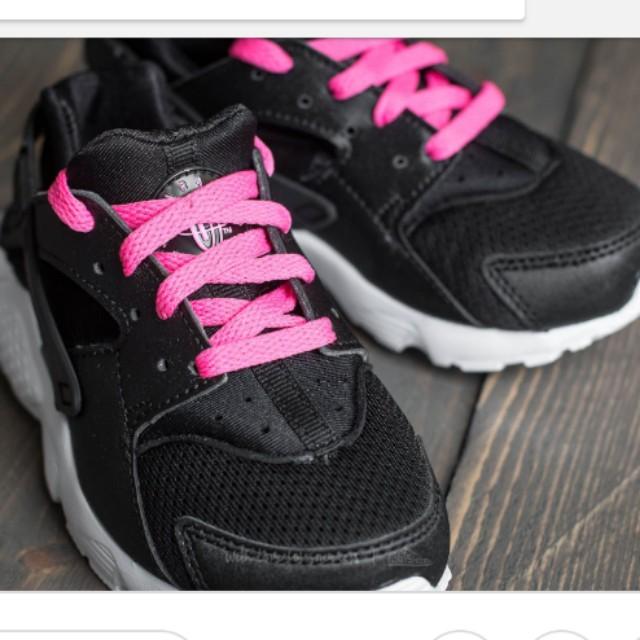 5be63650c638 Brand New Nike Huarache Run Size UK 2.5