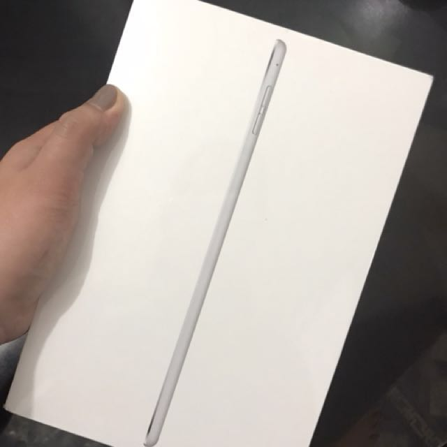 BRANDNEW Ipad mini 4