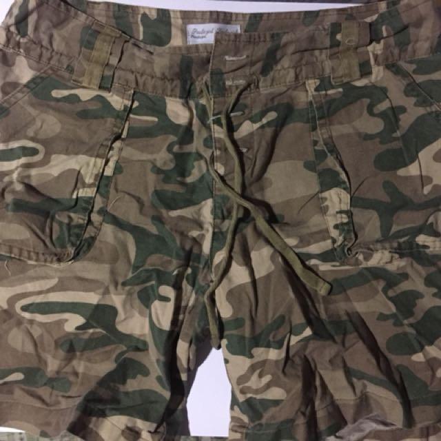 Camo Shorts unisex