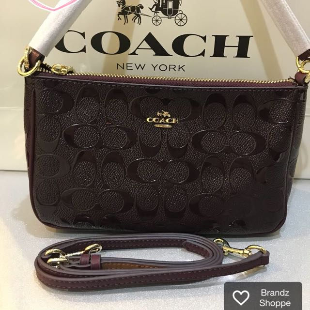 381301f1a1 🏮🏮🏮CNY SALE! Authentic Coach Women Sling Bag    Ready Stock ...