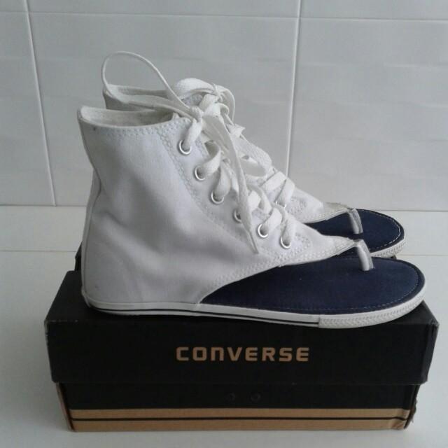 CONVERSE shoe sz US 6