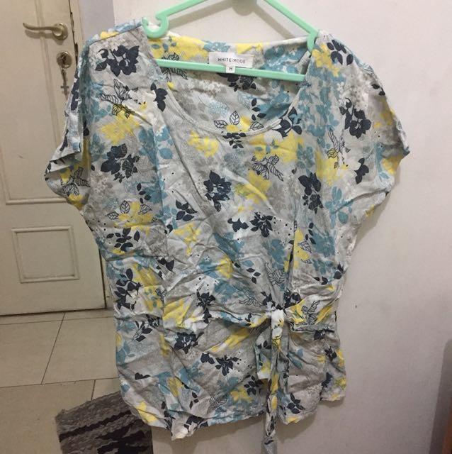 Flower blouse white mode