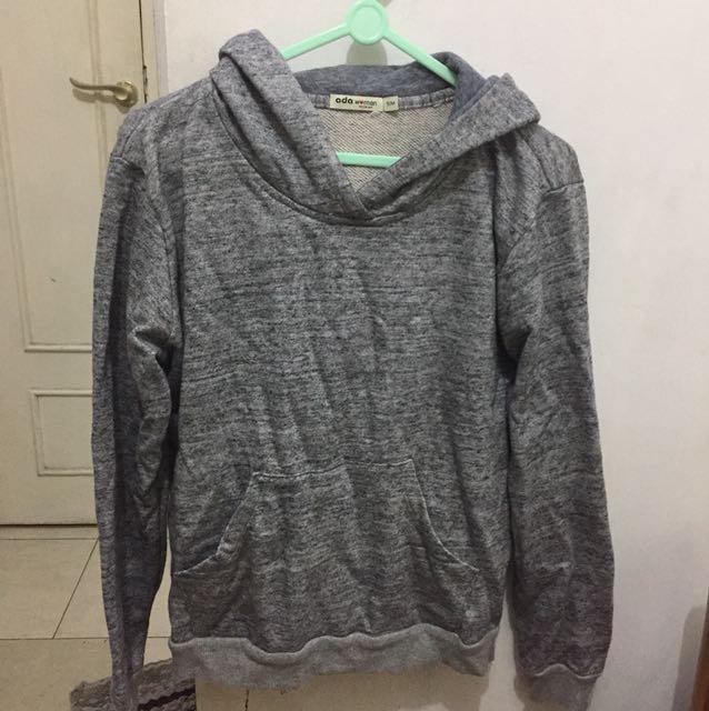 grey hoodie ADA woman