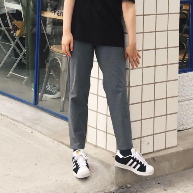 GU 灰色 直筒褲