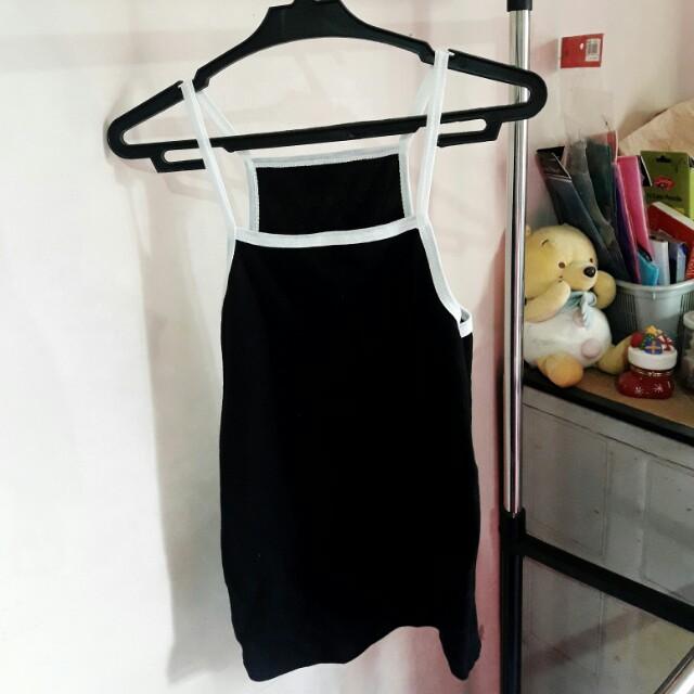 Halter top (black)
