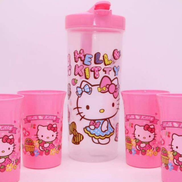 HELLO KITTY 4 IN 1 CUP WITH PITCHER