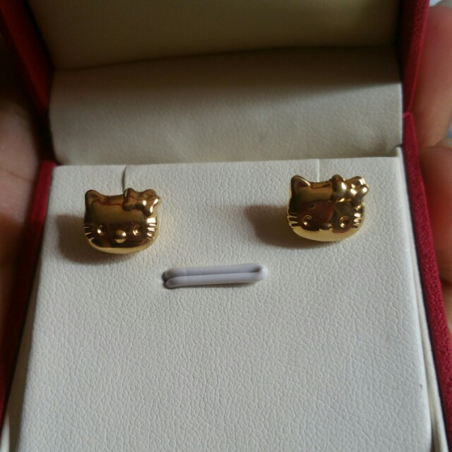 Hello Kitty Gold Earring 18k Saudi Gold Luxury Accessories On