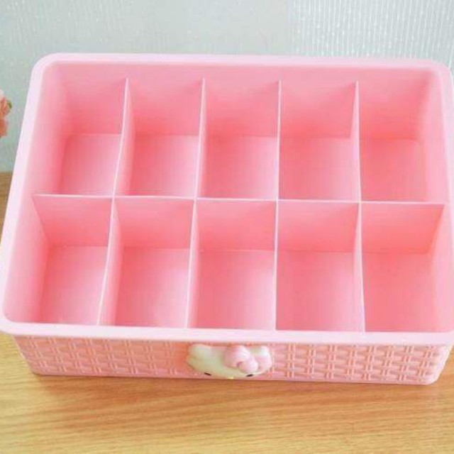 HELLO KITTY PANTY ORGANIZER