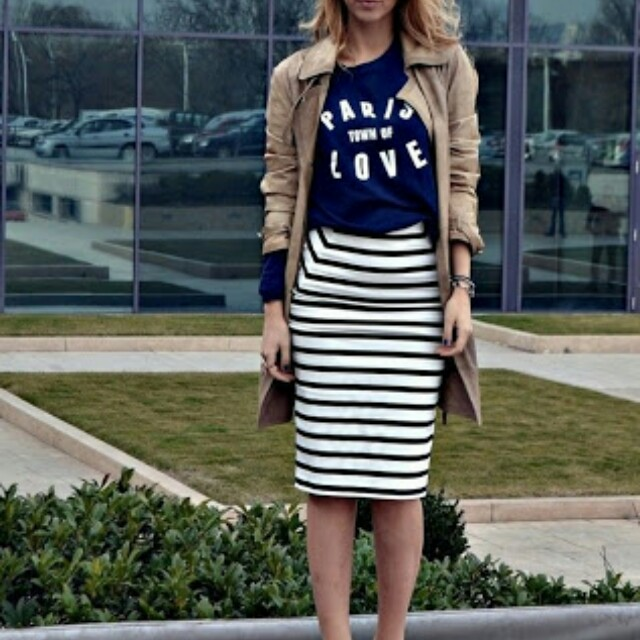 H&M pencil Skirt B&W