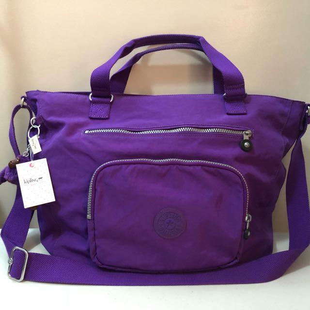 17e8f3e57 Kipling Maxwell Tote Crossbody Bag, Women's Fashion, Bags & Wallets on  Carousell