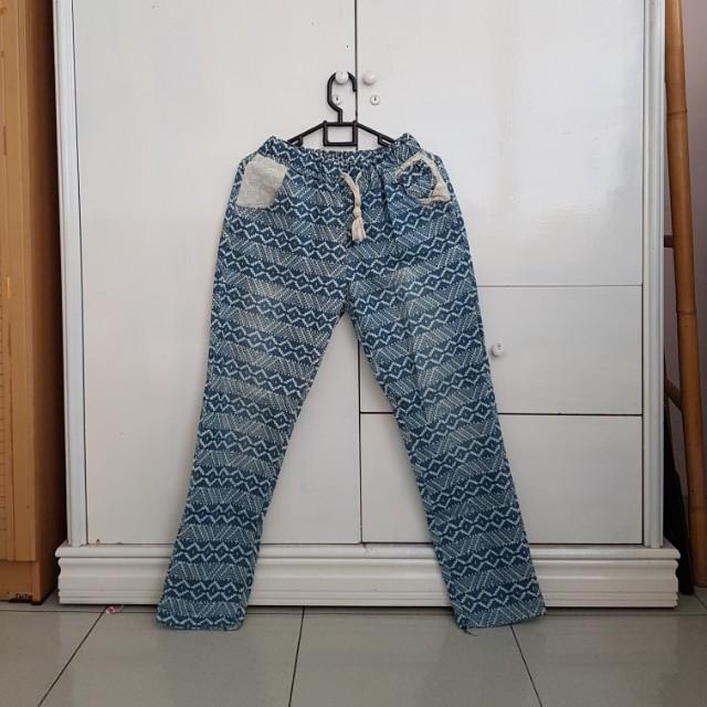 Korean boyfriend jeans tribal lace