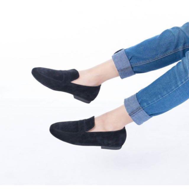 Loafer black shoes