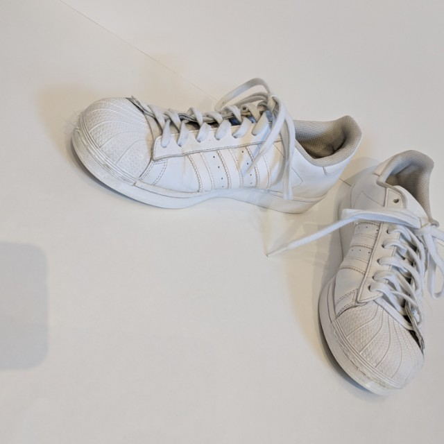 Mens white on white adidas superstars size 9 tennis shoes