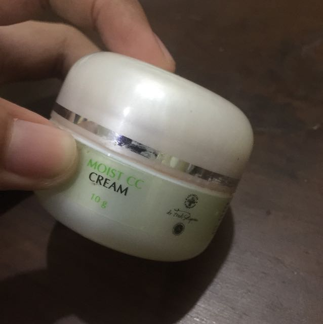 Naavagreen Moist CC Cream