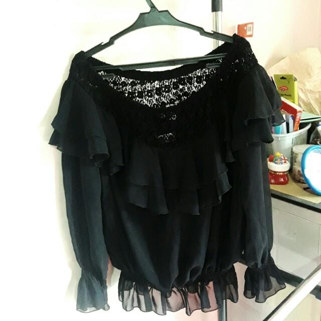 Offshoulder chiffon blouse