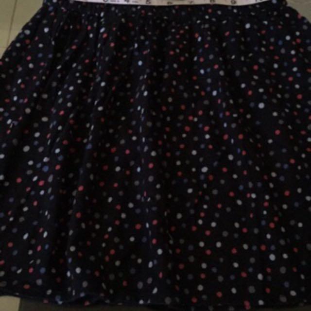 Old Navy black printed skirt