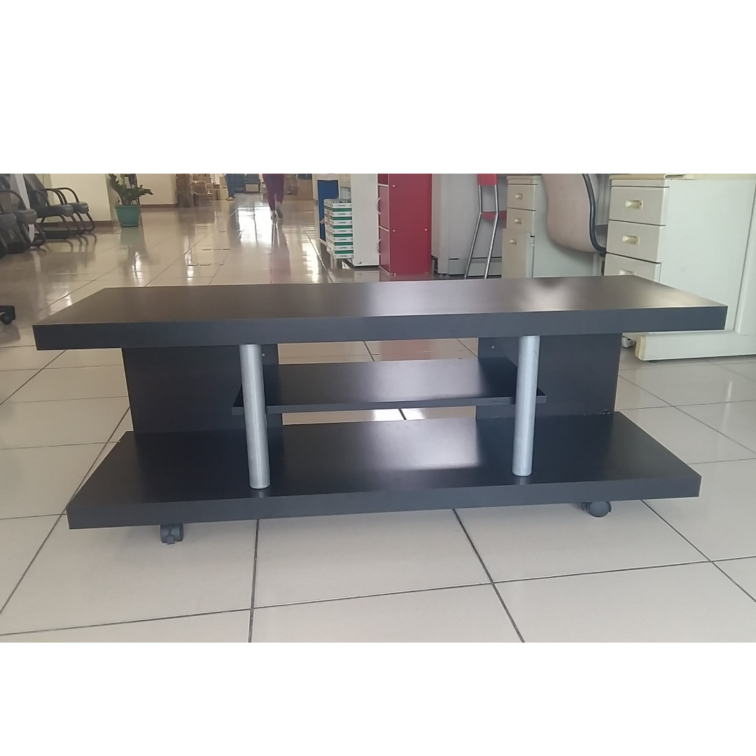 OPEN TYPE TV RACK with wheels ( brand new )