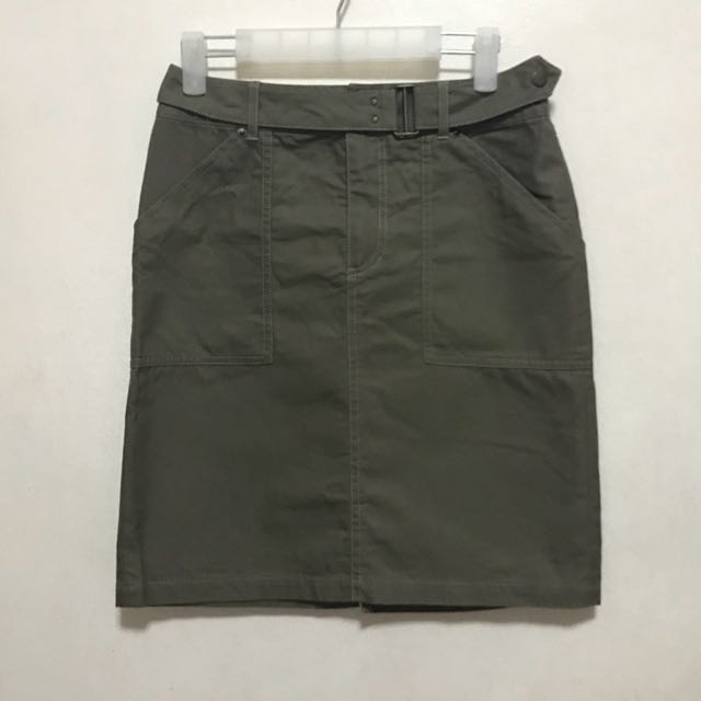 [Preloved] Army Green High Waist Cargo Skirt