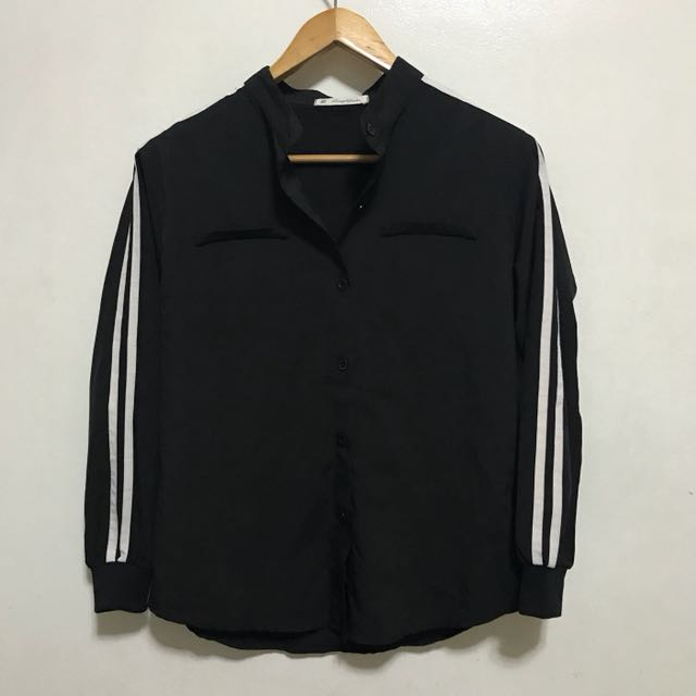 [Preloved] Black Striped Button Down Polo Long Sleeves