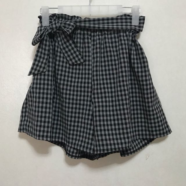 [Preloved] High Waist Plaid Shorts with Ribbon