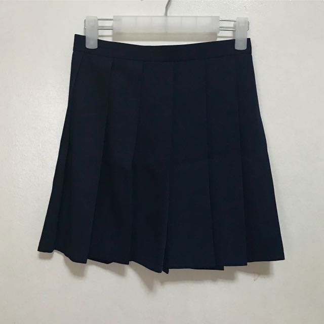 [Preloved] Navy Blue Tennis Pleated Skirt