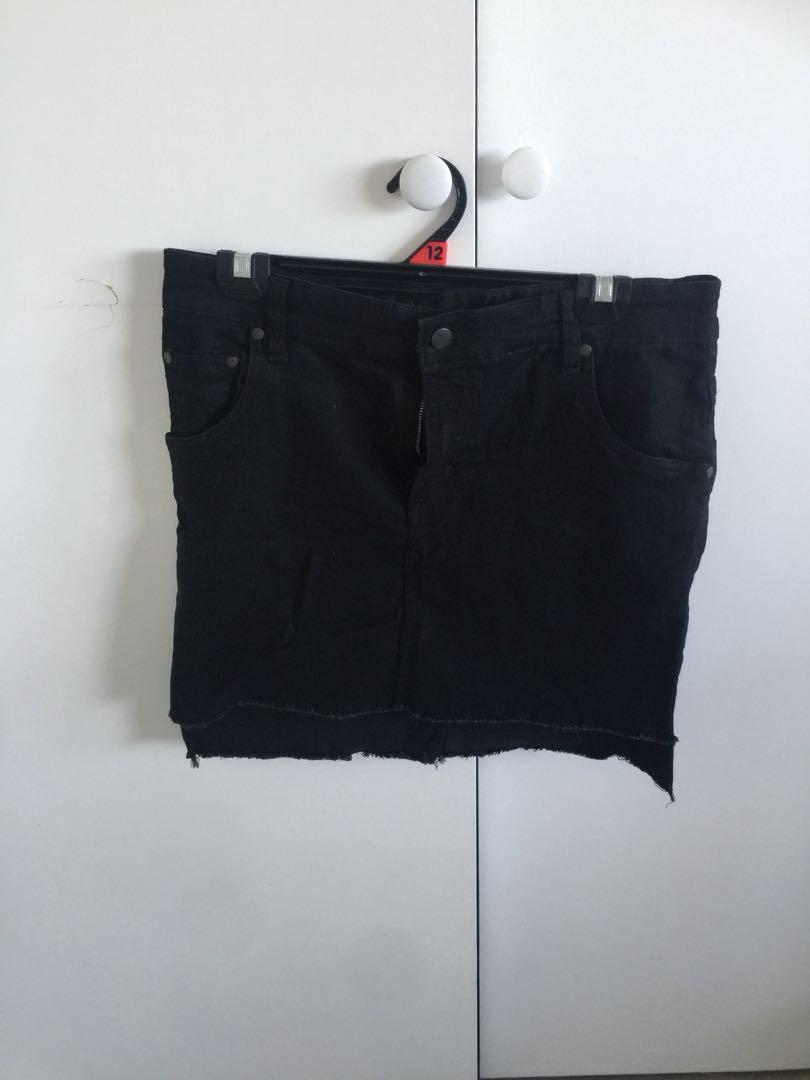 Pretty little thing black denim skirt